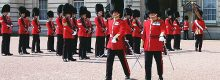 angleterre-londres-palais-buckingham-royal-guards